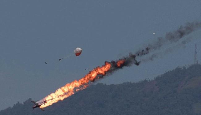 Su - 24 của Nga bị không quân Thổ Nhĩ Kỳ bắn hạ tại Syria