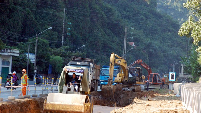 Việt Nam đang sợ nhà thầu Trung Quốc