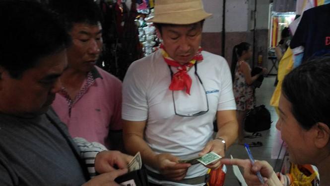 Khách Trung Quốc, Hàn Quốc đến Đà Nẵng qua các đường bay trực tiếp được mở ngày càng nhiều ẢNH: AN DY