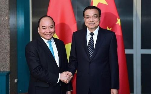 Thủ tướng Nguyễn Xuân Phúc và Thủ tướng Trung Quốc Lý Khắc Cường
