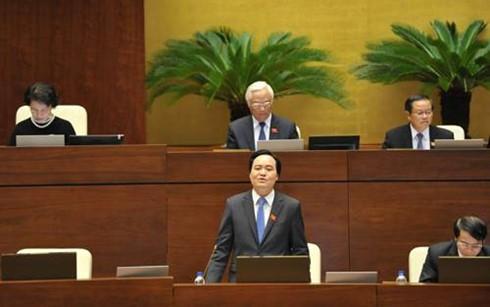 Bộ trưởng GD-ĐT Phùng Xuân Nhạ