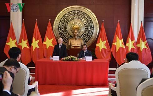 TBT Nguyễn Phú Trọng trong chuyến thăm Trung Quốc.
