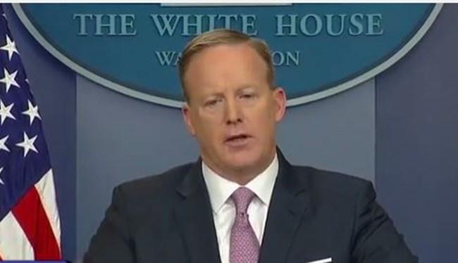 Người phát ngôn chính quyền Mỹ - Sean Spicer