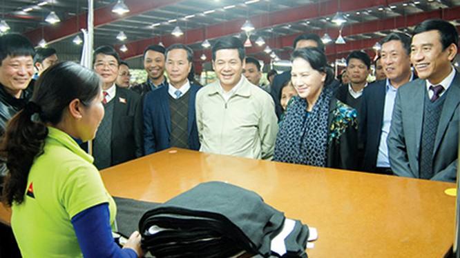 Ủy viên Bộ chính trị, Chủ tịch Quốc hội Nguyễn Thị Kim Ngân