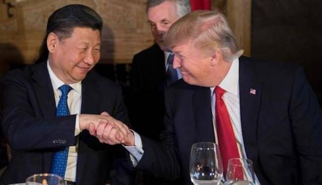 Chủ tịch Trung Quốc Tập Cận Bình và Tổng thống Mỹ Donald Trump. Ảnh: Nhật báo phố Wall.