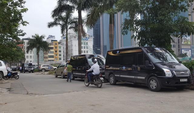 Xe dưới 10 chỗ tại Hà Nội. Nguồn: Internet