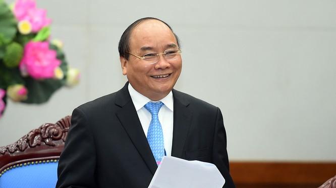 Thủ tướng đề nghị báo chí phải đẩy mạnh tuyên truyền, hỗ trợ cộng đồng doanh nghiệp. Ảnh: VGP/Quang Hiếu