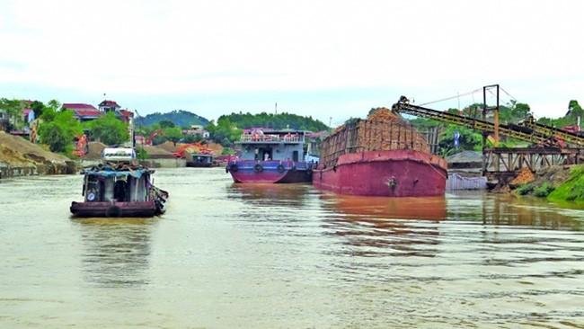 Những cảng sông như này đều không đủ tiêu chuẩn làm hàng rời, hàng container. Ảnh minh họa, nguồn Internet