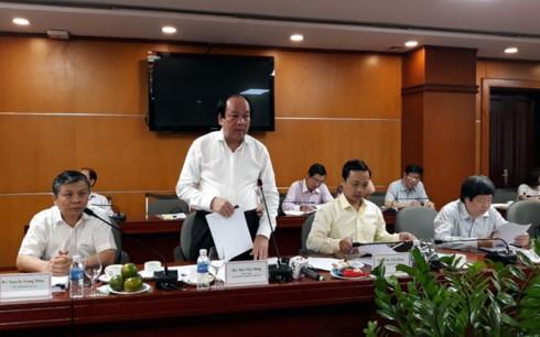Tổ công tác của Chính phủ làm việc tại Bộ Công Thương. Ảnh VGP