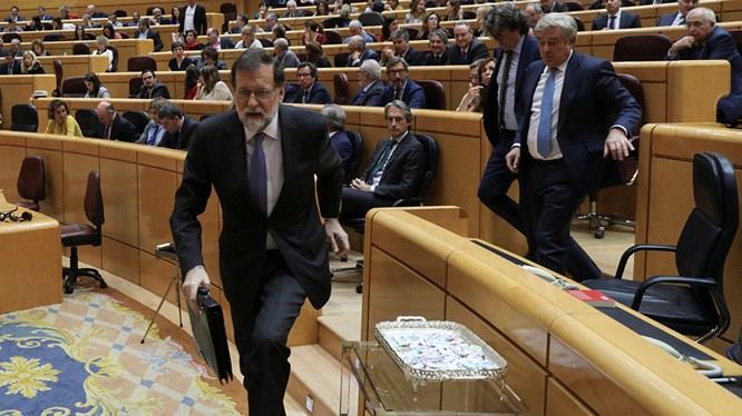 Thủ tướng Mariano Rajoy tại cuộc họp Thượng viện Tây Ban Nha ngày 27/10. Ảnh: Reuters