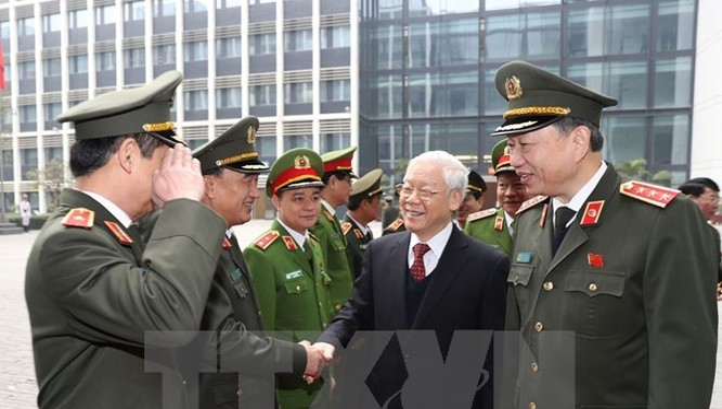Tổng Bí thư Nguyễn Phú Trọng và Bộ trưởng Bộ Công an Tô Lâm với các đại biểu dự hội nghị. Ảnh: TTXVN