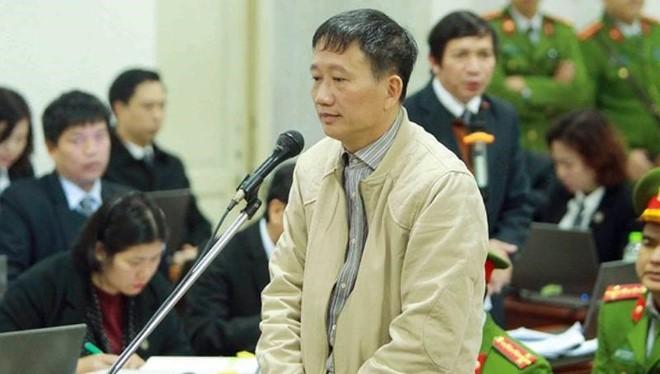 Ông Trịnh Xuân Thanh ra tòa ở vụ án thứ 2 với cáo buộc tham ô tài sản. Ảnh: TTXVN