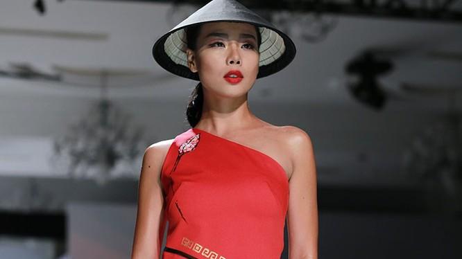 Người mẫu Lại Thanh Hương. Ảnh: Facebook