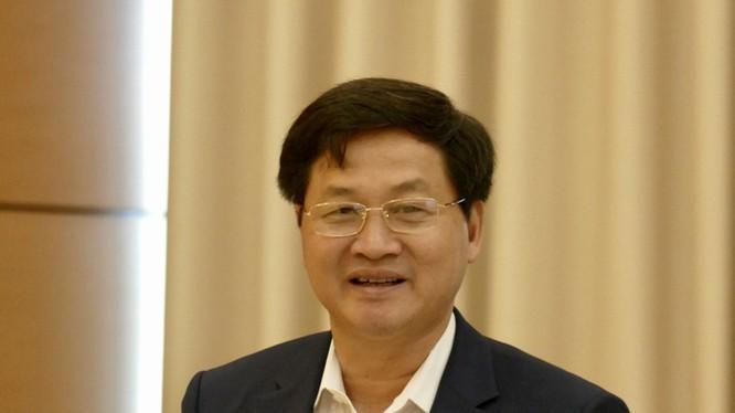 Tổng Thanh tra Chính phủ Lê Minh Khái trình bày trước Ủy ban Tư pháp. Nguồn: Tuổi trẻ