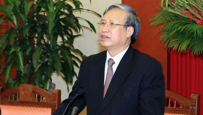 ng Trần Quốc Vượng sẽ giữ chức Thường trực Ban Bí thư và Chủ tịch Hội đồng Lý luận Trung ương.