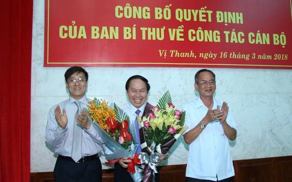 Ông Lê Tiến Châu tại lễ công bố quyết định của Ban bí thư điều động ông làm Phó Bí thư tỉnh ủy Hậu Giang. Ảnh: haugiang.gov.vn