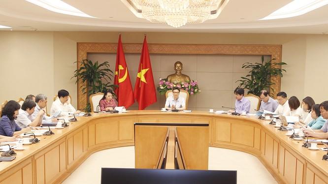 Cuộc họp của Ban Chỉ đạo liên ngành Trung ương về Vệ sinh An toàn Thực phẩm. Ảnh: VGP