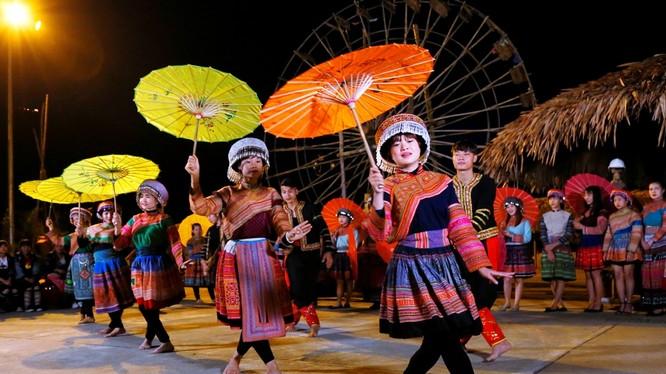 Văn hóa Tây Bắc được thể hiện sinh động tại Sun World Fansipan Legend