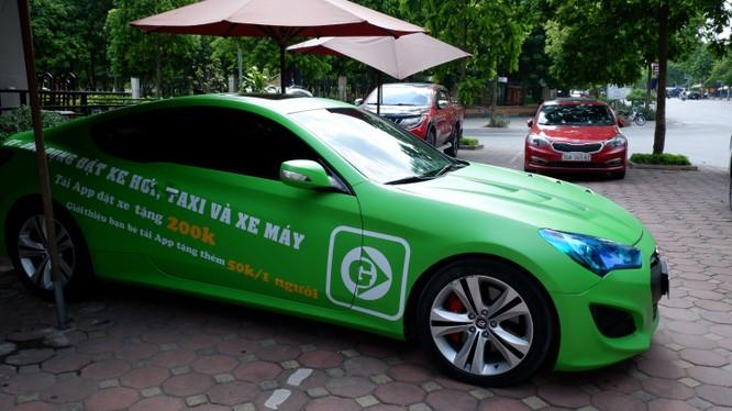 """GV Taxi: """"Tân binh"""" trong làng đặt xe công nghệ Việt"""