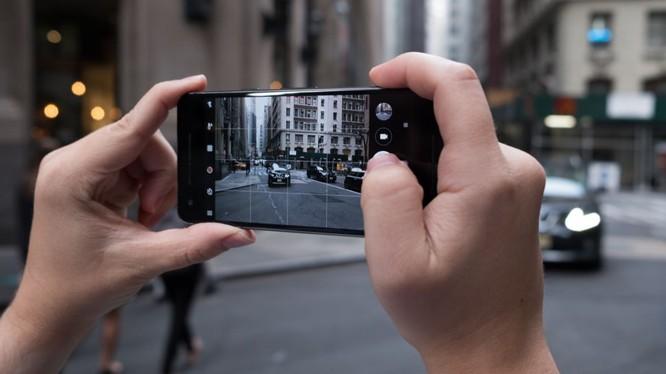 Khả năng ghi hình của bộ đôi Pixel 2 và Pixel 2 XL sẽ được cải tiến đáng kể trong phiên bản Android 8.1. (nguồn: Techradar)