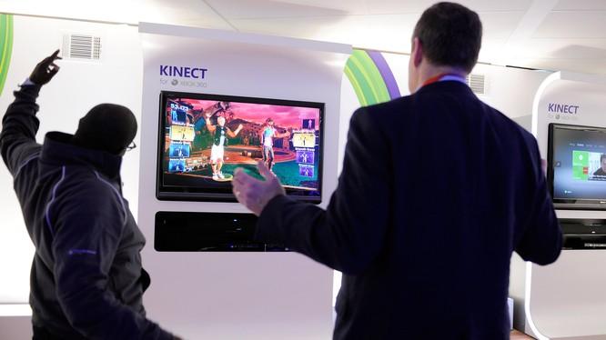 Kinect ra mắt 11/2010 đánh dấu bước đột phá trong công nghệ điều khiển trò chơi. Nguồn: Business Insider