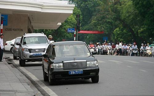 Bộ Tài chính yêu cầu rà soát xe công.