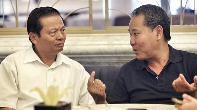 Nguyên Bộ trưởng TT&TT Lê Doãn Hợp và Chủ tịch tập đoàn Lộc Trời Huỳnh Văn Thòn (Ảnh: Lê Anh Dũng)
