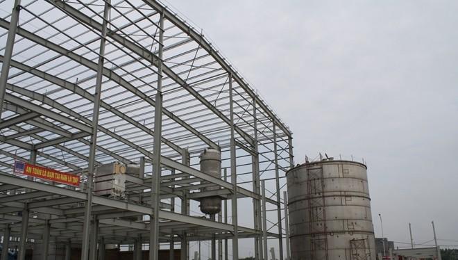 Nhà máy Ethanol Phú Thọ đã xuống cấp nghiêm trọng sau khi bị ngừng thi công từ 2011