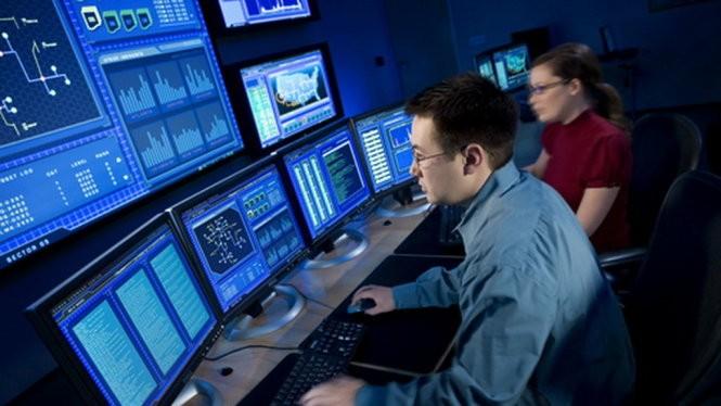 Đội ngũ nhân sự tinh thông mới có thể vận hành tối ưu các lớp an ninh bảo vệ an toàn cho hệ thống - Ảnh minh họa.