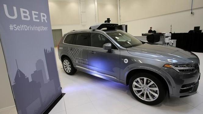 Chiếc xe tự hành Volvo XC90 của hãng Uber - Ảnh: Reuters
