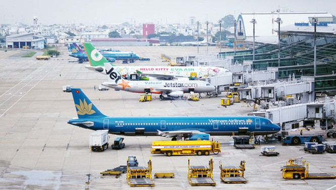 Nhiều chuyến bay của các hãng hàng không bị hủy.