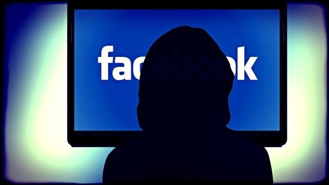 """Facebook """"tấn công"""" vào phòng khách, cạnh tranh với các đài truyền hình với nội dung video từ mạng xã hội - Ảnh: Muvi"""