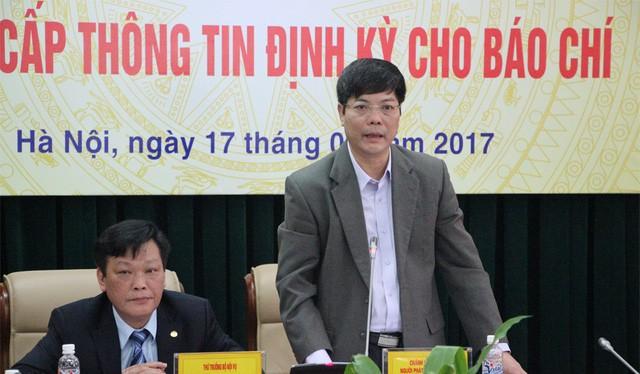 """Ông Nguyễn Tiến Thành, Chánh Văn phòng Bộ Nội vụ thông tin về hiện tượng """"cả nhà làm quan"""" mà báo chí phản ánh."""