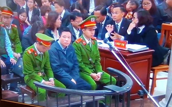 Bị cáo Hà Văn Thắm tại phiên tòa.