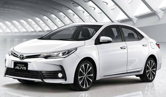 Toyota Corolla Altis 2017 đã có mặt tại thị trường Ấn Độ.