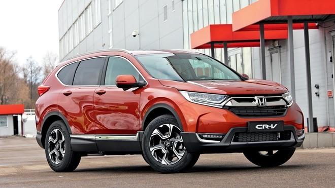 Honda CR-V 2017 được thiết kế lại, ngoại hình hầm hố hơn.