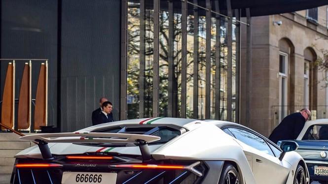 Siêu xe triệu đô Lamborghini Centenario.