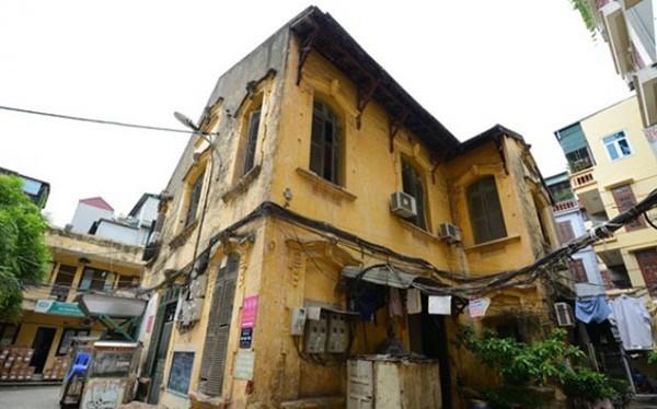 Một biệt thự cũ trên phố Tăng Bạt Hổ, quận Hai Bà Trưng, Hà Nội. (Nguồn: internet)