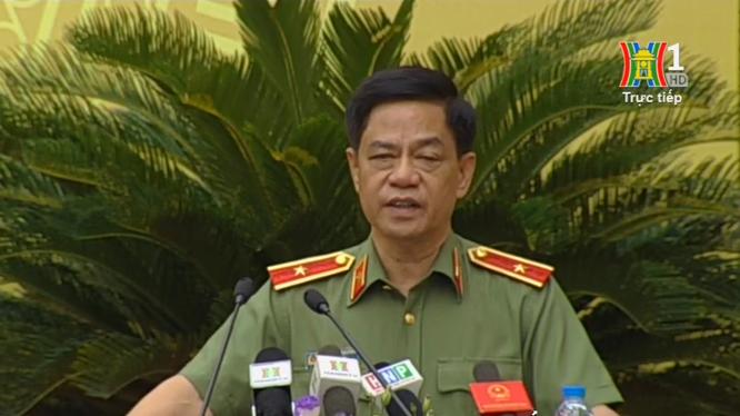 Thiếu tướng Đoàn Duy Khương, Giám đốc Công an TP. Hà Nội thông tin tại phiên chất vấn HĐND vào sáng nay (5/7).
