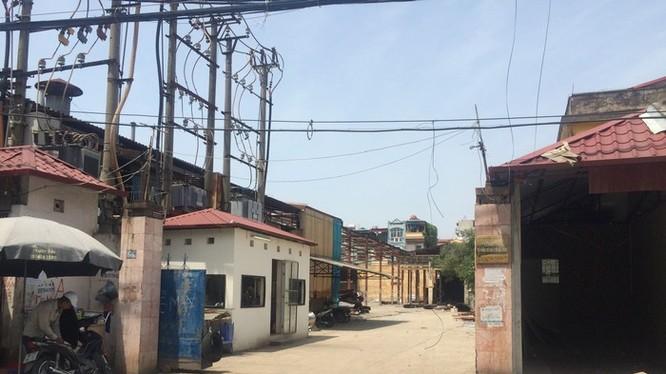 Trụ sở Công ty CP Cơ khí ô tô Hòa Bình tại 44, Triều Khúc, Thanh Xuân, Hà Nội.