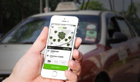 Theo UBND TP. Hà Nội hình thức dịch vụ đi xe chung của Cty Grab taxi chưa có các biện pháp đảm bảo an toàn cho hành khách đi xe, không phù hợp với một số quy định pháp luật. (Ảnh minh họa, nguồn internet).