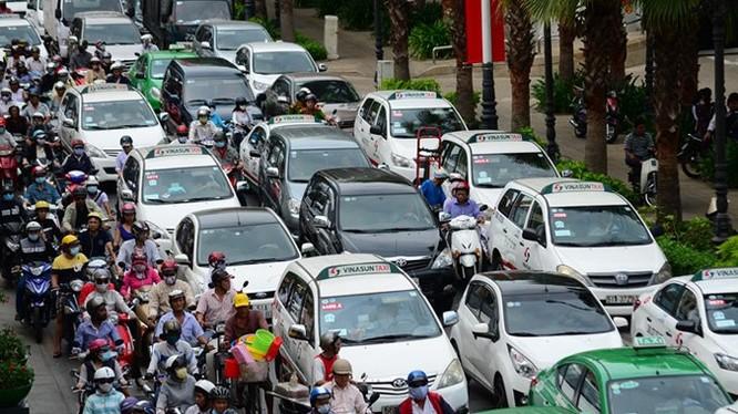 Nhiều tuyến phố Hà Nội sẽ cấm taxi theo khung giờ. (Ảnh Vietnamnet).