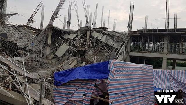 Hiện trường vụ đổ sập công trình trường mầm non Vườn Xanh tại Nam Từ Liêm - Ảnh: Báo điện tử VTV.
