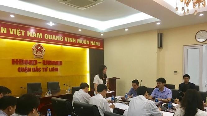 Phó Chủ tịch HĐND TP Hà Nội Phùng Thị Hồng Hà chỉ đạo tại buổi làm việc.