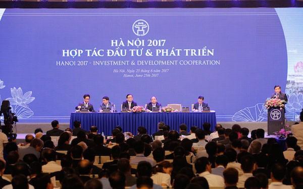 Tại Hội nghị năm 2017 TP Hà Nôi đã trao quyết định đầu tư cho 48 dự án với tổng vốn đầu tư khoảng 74.000 tỷ đồng.