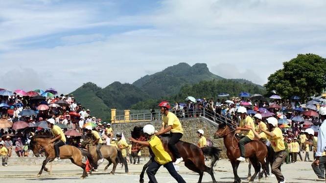 Đua ngựa ở Bắc Hà, Lào Cai/ Ảnh: Vietnamnet.vn
