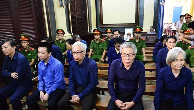 Các bị cáo tại phiên tòa/ Ảnh: Zing.vn