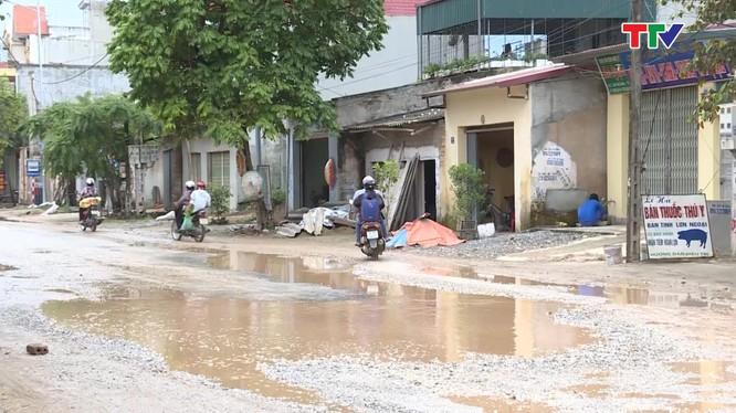 Trước đó, Truyền hình Thanh Hóa đã phản ánh tình trạng xuống cấp tỉnh lộ 514 đoạn Cầu Thiều đi thị trấn Giắt huyện Triệu Sơn/ Ảnh: truyenhinhthanhhoa.vn