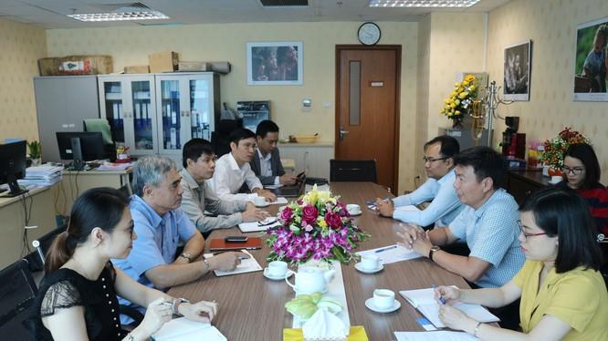 Cuộc họp bàn về vấn đề doanh nghiệp khoa học công nghệ