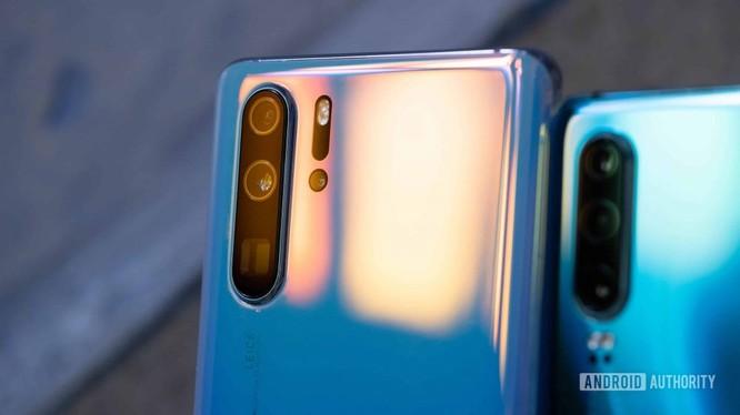 Nguồn: Nhiều khả năng dòng điện thoại mới của Huawei sẽ không được tích hợp các dịch vụ của Google (Ảnh: Android Authority)